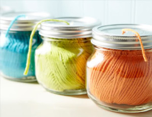 Glass-Jar-Yarn-Holder